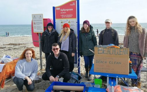 Falmouth is 'plastics free' – now let's clean the beaches!