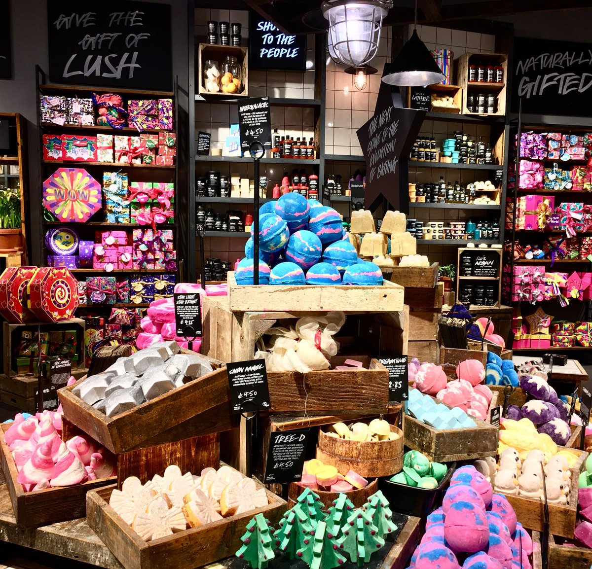 Lush quitting social media, but will it last?