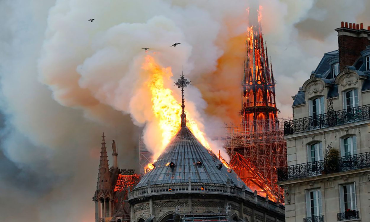 LIVE BLOG: Notre Dame Cathedral Fire