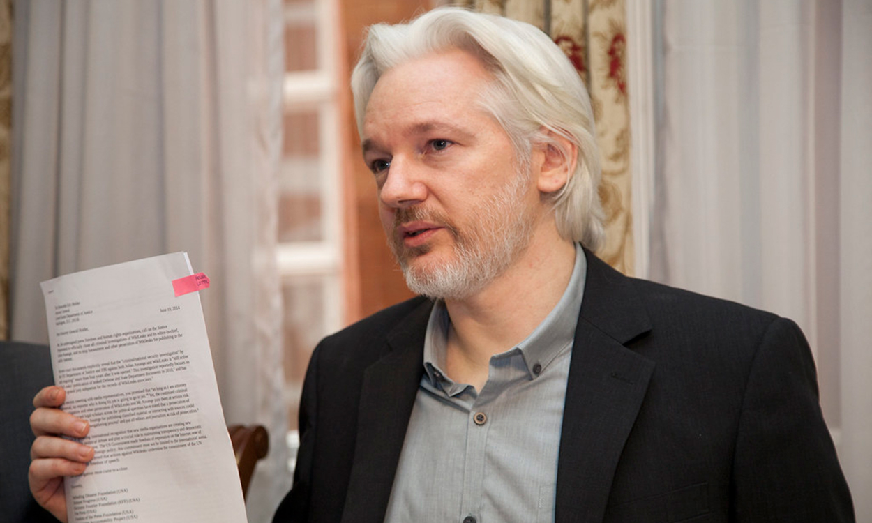 Julian Assange due to be extradited to the US