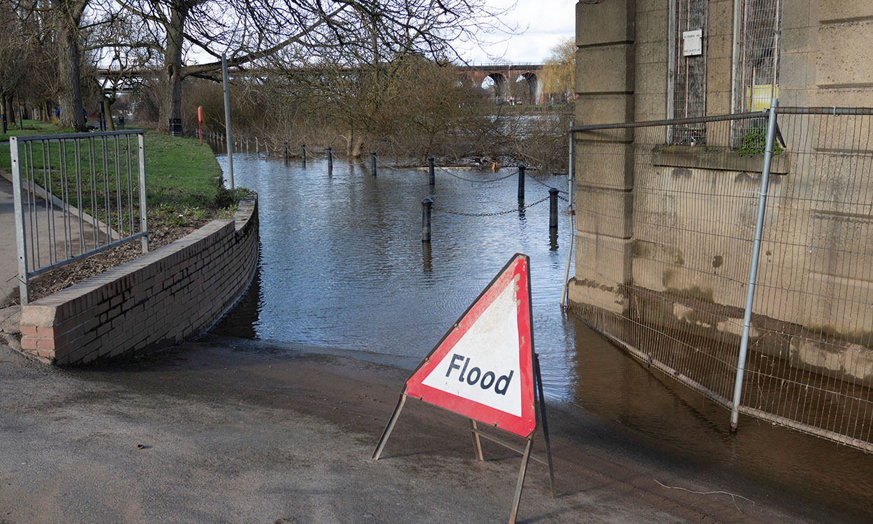 Severn Flood Victims Told To Expect more Flooding