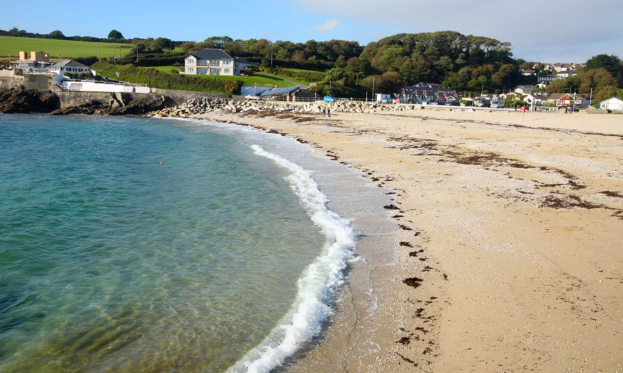 South West Water to investigate pollution on Swanpool Beach