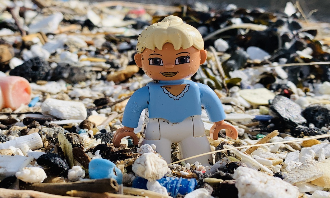 Thousands of Lego pieces lost at sea inspires nautical tale